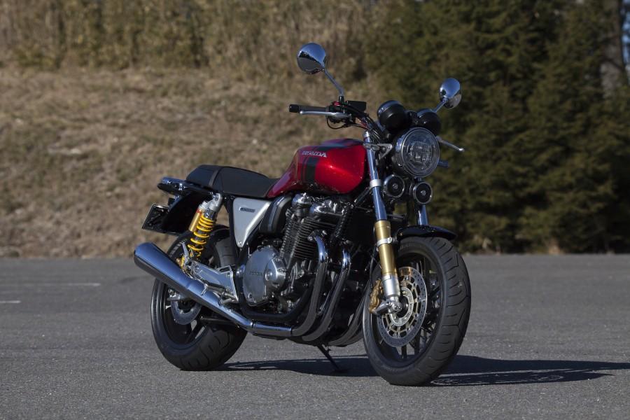 Honda CB1100 RS / TRACTIONS MOVIE Vol.110